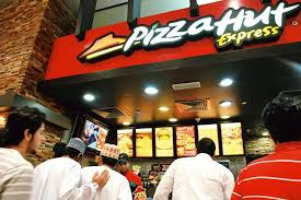 Pizza outlets in Indore, India